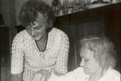 mama-babushka-1992-osen
